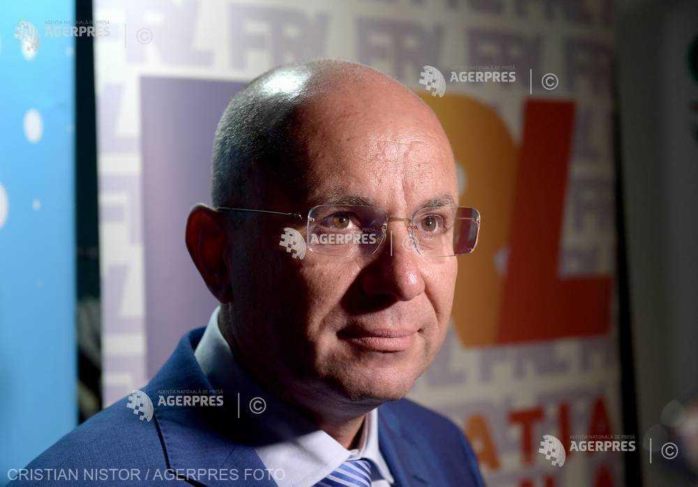 Cozmin Guşă – Strategia lui Novak se bazează pe meritocraţie, i-am promis sprijinul