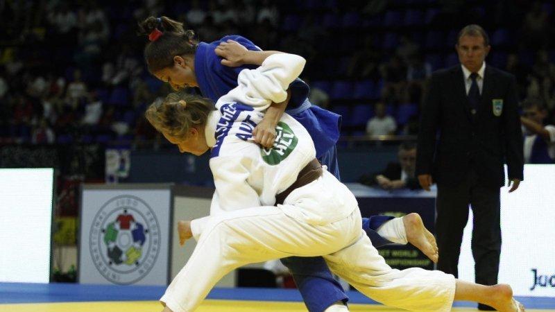Cum se antrenează sportivii din lotul olimpic de judo în cantonamentul de la Izvorani